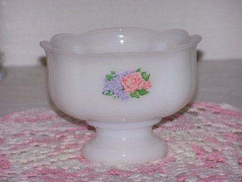 Vintage Milk Glass Soap Candy Dish Pedestal 1970s