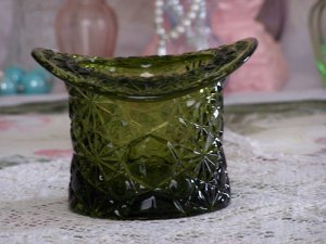 Fenton Green Glass TopHat Toothpick Holder Daisy Buttons