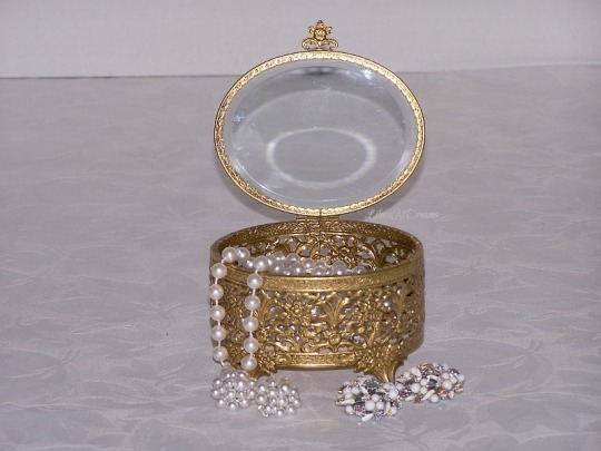 Vintage Gold Tone Filigree Beveled Glass Jewelry Trinket Casket Box