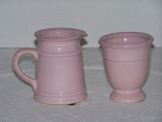 Pink Sugar Bowl and Creamer Stoneware Set Brown Rub Accents Excellent Condition