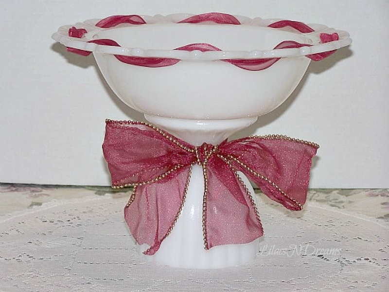 White Milk Glass Candy Fruit Bowl Stand Wedding Home Decor